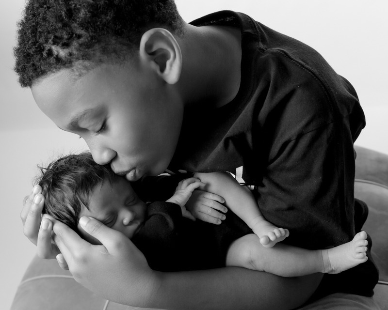 newborn baby with older brother, Fort Mill, SC, Charlotte, NC, Tega Cay, SC