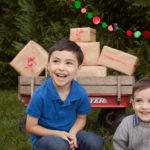 Christmas Card Mini Sessions good kid photos