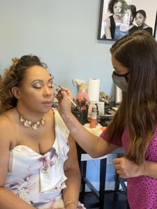 behind the scenes at a new mom portrait makeup artist